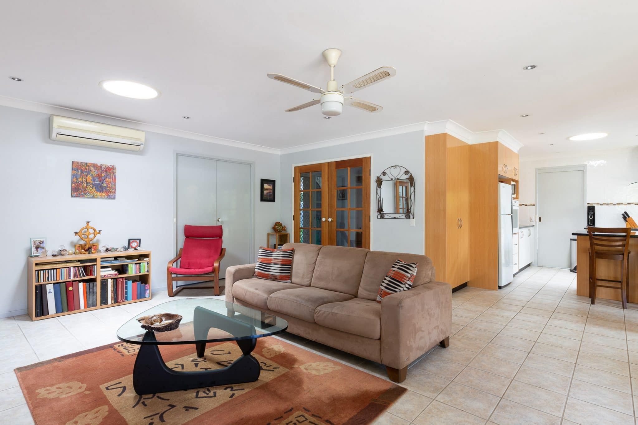Architectural interiors and exteriors (123 of 140)
