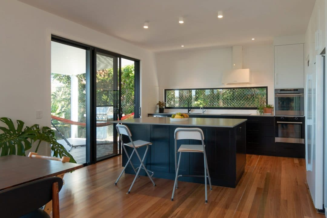 Architectural interiors and exteriors (31 of 140)